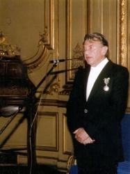 1989 – Caballero de las Artes y las Letras, Gobierno de Francia