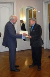 2011 – Ciudadano Ilustre de la Ciudad de Kosice, Gobierno de Eslovaquia.