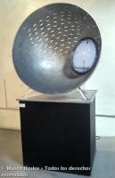 Semiesfera de aluminio y verbo hidroespacial